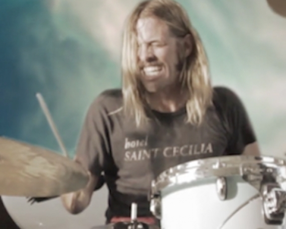 Outside TV 'Outlook'–Foo Fighter. Taylor Hawkins